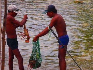 lean and fit Kuna fishermen