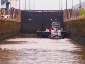 Arriving into lock, sharing space with other smallish boats
